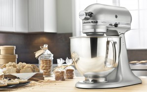 Blender vs. food processor vs. mixer
